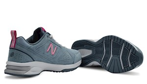 New Balance Women's 624 Cross Trainer